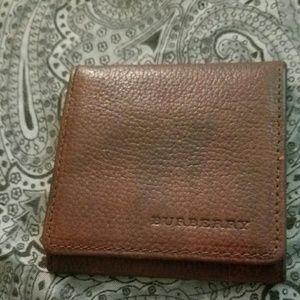 Burberry brown leather mini pouch nova check
